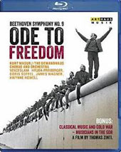 Ode to Freedom': Beethoven's 9th Symphony & Classical Musicians in the Cold War / Hruba-Freiberger, Soffel, Wagner, Howell; Gewandhuas Chorus & Orchestra; Masur. [Blu-ray]