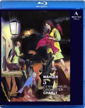 Mahler: Symphony No. 5 - Bonus: Chailly discusses his interpretation of Mahler's 5th / Riccardo Chailly, Gewandhausorchester Leipzig [Blu-Ray]