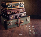 Eivind Austad Trio: Moving